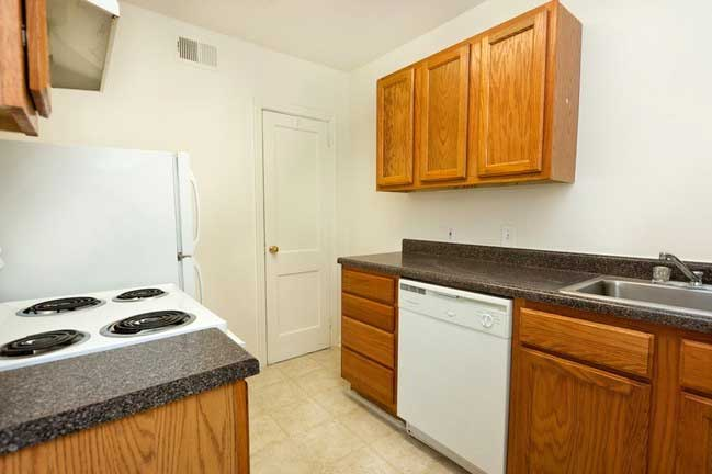 Poplar Grove Apartments